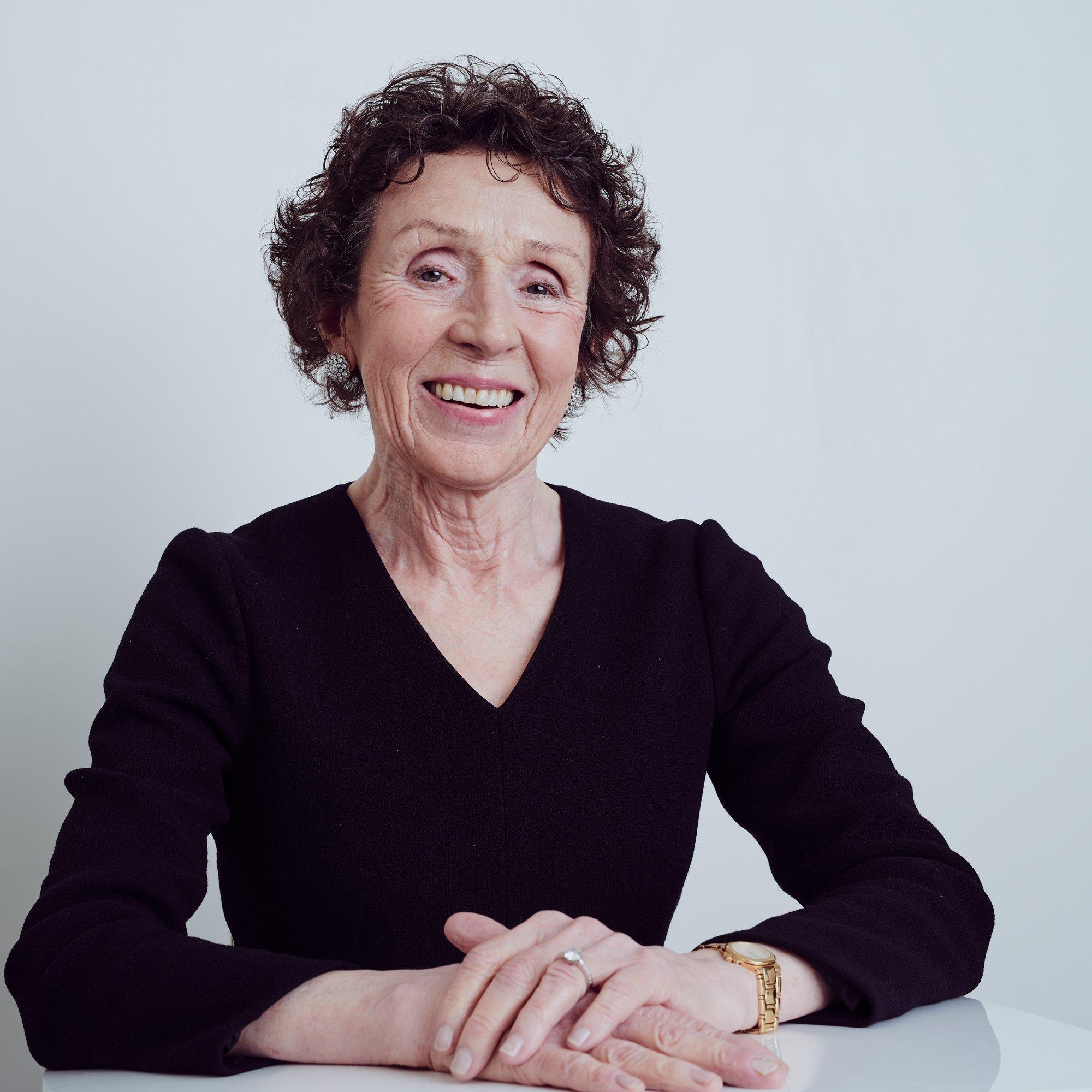 Dr Margaret Kearns